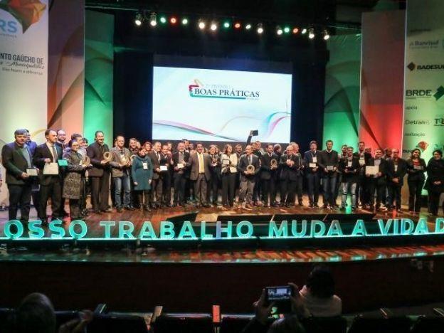 Região recebe prêmios para projetos de boas práticas